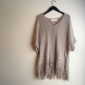 Graham & Spencer brown sweater with fringe